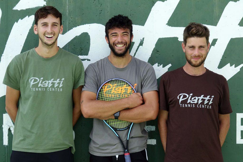 Tre dei nuovi innesti nello staff tecnico del Piatti Tennis Center. Da sinistra: il preparatore fisico Mirko Pampaloni e gli istruttori Samuele Gabbiadini e Andrea Liscia